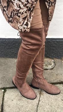 3e1cc6416fe Sko og støvler med lækre detaljer. Boheme, wedges sko med kilehæl og.